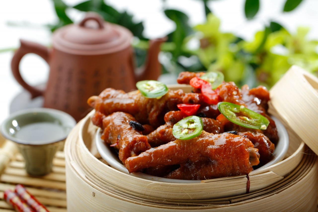 醬汁蒸鳳爪  Steamed Chicken Claws with Special Sauce
