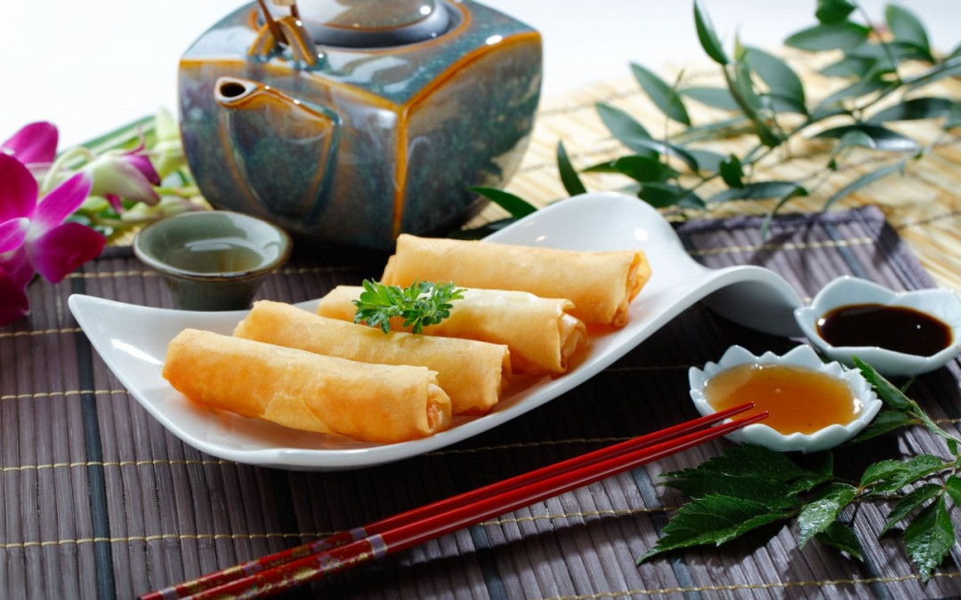 脆皮鮮蝦春卷  Deep Fried Prawn Spring Rolls
