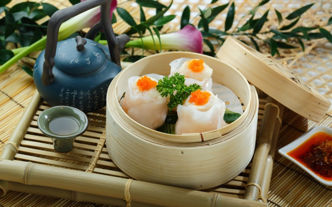 鳯眼帶子餃  Steamed Scallops with Prawn Dumplings